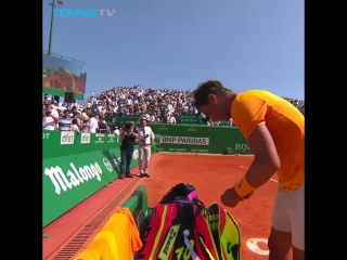 Champions never stop working - - Straight after winning his semi-final, Rafa Nadal arrange