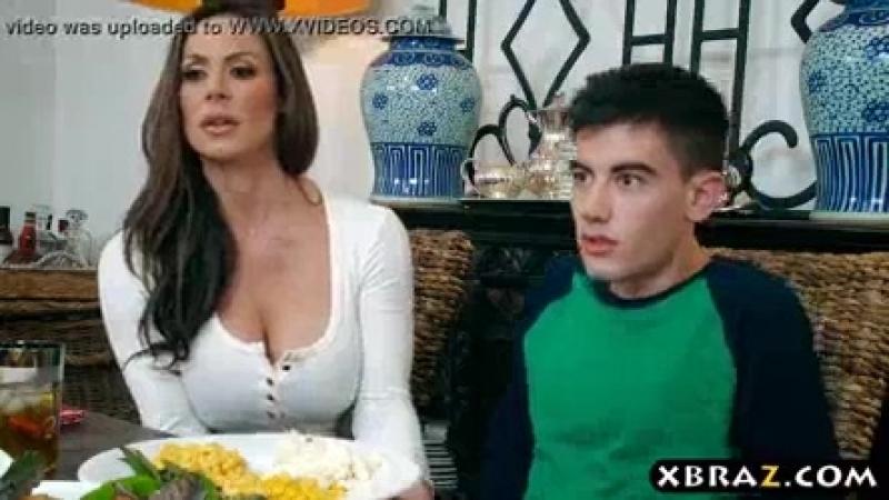 Mom_steals_away_boyfriend_with_thanksgiving_dinner.mp4
