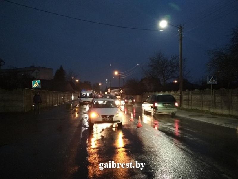 На ул.Красногвардейской в Бресте сбили женщину-пешехода