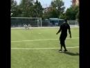 6ix9ine и Марио Балотелли сыграли в футбол T.M.B