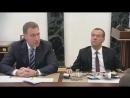 Zapreshhyonnye_prikoly_pro_PutinaMedvedeva__Lukashenko_i_dr._Smotrite_poka_ne_udalili_(MosCatalogue).mp4