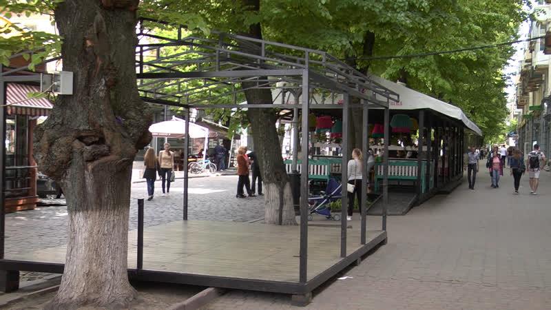 Бути чи не бути тимчасовим спорудам та МАФам депутати Полтавської міськради перевірили літні майданчики
