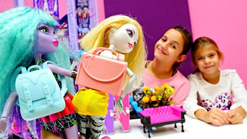 Видео для детей. Элис рассказывает про 1 класс. Куклы Монстер Хай