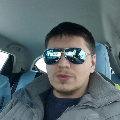 Денис Миков