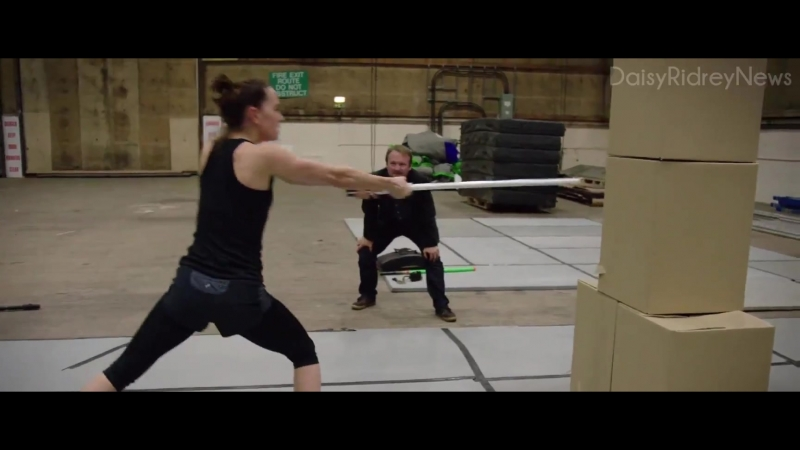 Star Wars: The Last Jedi (2018) - BTS: Daisy training for her solo lightsaber training