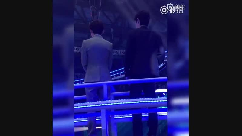 Видео от фанатов Чжу Илун на Манго ТВ @ 04.08.18