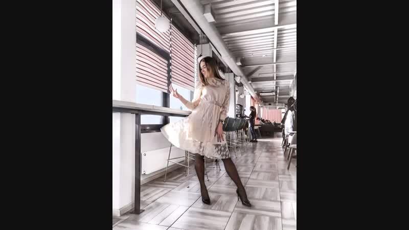То самое нежное и красивое платье от @kmc irk которое ты так хотела ☺️ Исполняем мечты и ждём в гости ✨