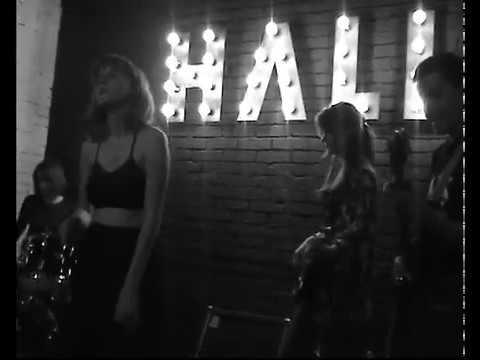150918 Hall Bar Порно