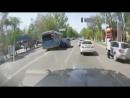 Вин Дизель угнал автобус