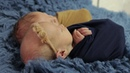 Видеосъемка двойняшек на фотосессии New Born