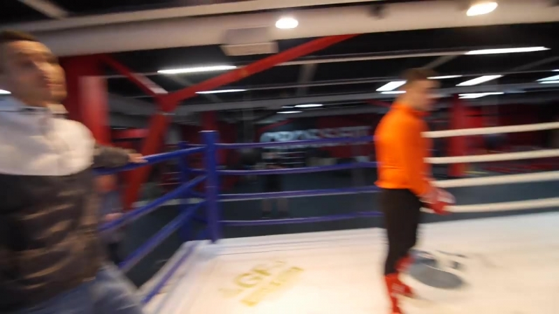 [Боевые ботаники] Бокс против каратэ! Спарринг Алиев vs Киршев — боксер/боевой самбист против каратиста (3/6)