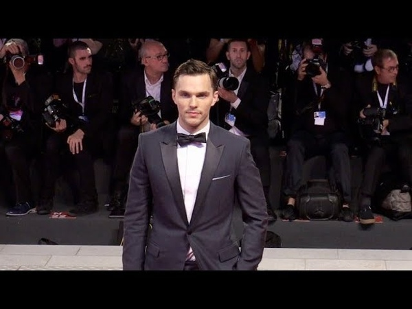 Nicholas Hoult Olivia Colman and more and more on the red carpet for the Premiere of The Favourite