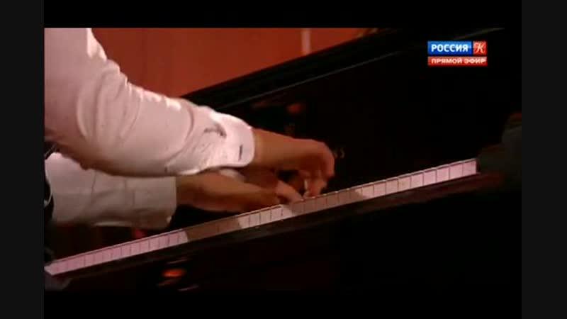 Ивайло Василев (ф-но) - Трёхголосная инвенция ми минор (6.12.2018; муз. Иоганна Себастьяна Баха)