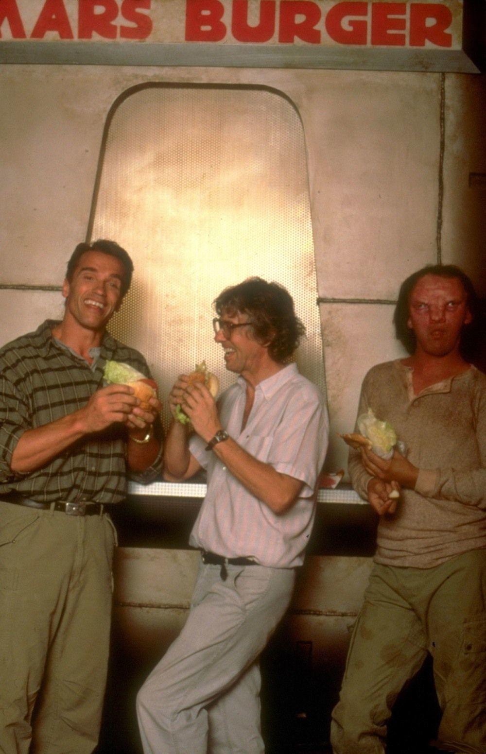 Фотографии со съёмок и интересные факты к фильму Вспомнить всё 1990 год