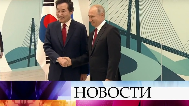 Владимир Путин предложил премьеру Японии заключить мирный договор до конца года.
