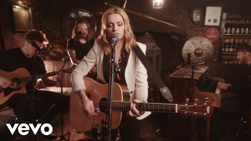 Amy Macdonald - Mr Rock Roll (Acoustic Drovers Inn Session)