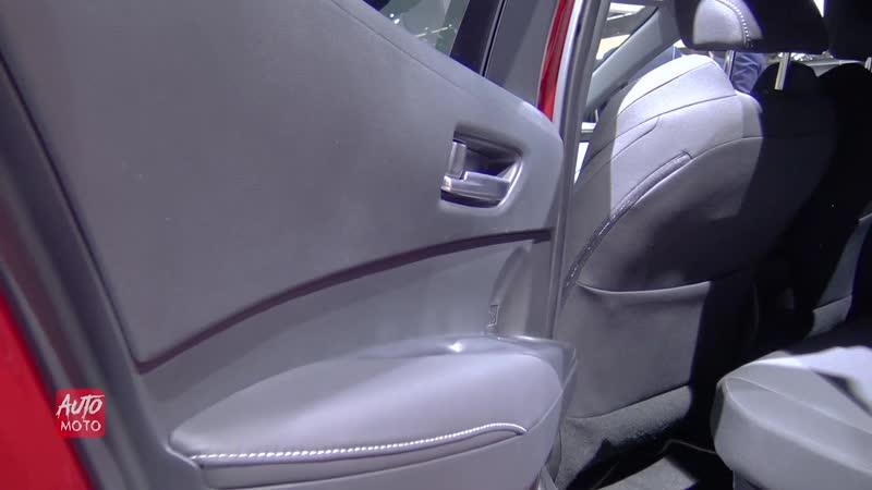 2019 Toyota Corolla Hybrid Hatchback- Exterior And Interior Walkaround - 2018 Paris Motor Show