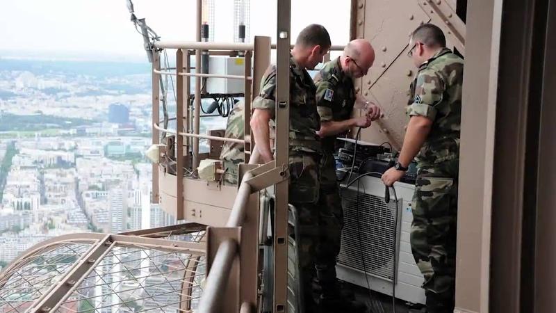 70 ans des transmissions sur la tour Eiffel - juillet 2012