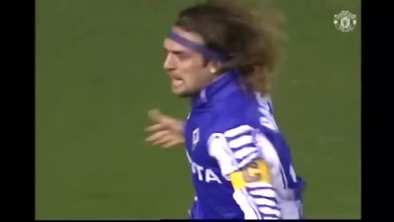 Габриэль Батистута (Фиорентина) - мяч в ворота Манчестер Юнайтед