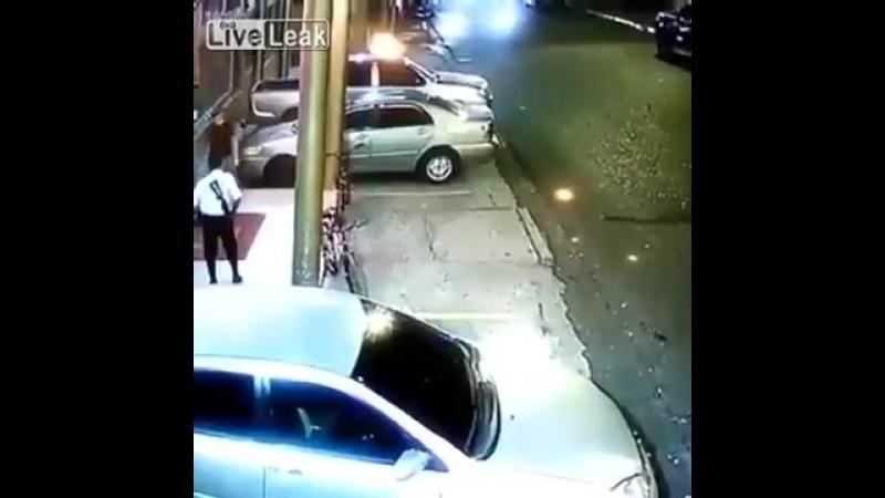 Охранник случайно убил напарника