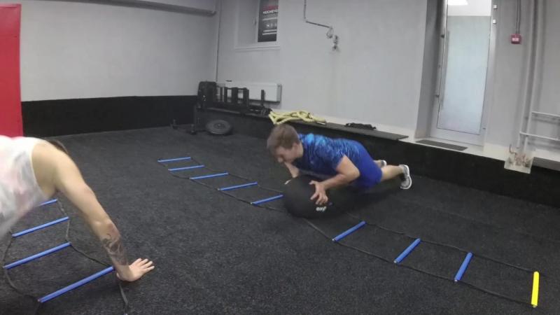 Тренировка для хоккеистов. Физическая подготовка в LarionovHockeyGym