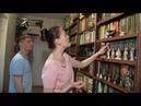 Домашняя библиотека в квартире молодой семьи из Ханты-Мансийска хранятся сотни книг