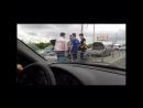 Сегодня, 5 июня, на Северной окружной дороге Рязани произошло массовое ДТП. Соответствующее видео появилось в группе «Подслушано