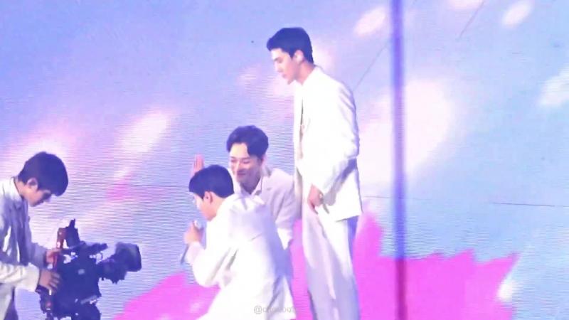 180714 Chen - Heaven(Short ver) @EXO PLANET 4 - The ElyXiOn[dot] In Seoul D-2