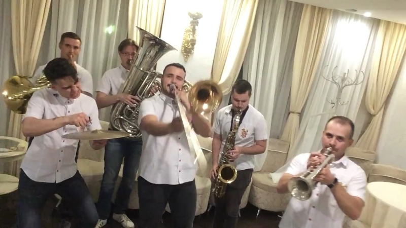 Видеоприглашение 09.06 Megapolis Brass Band