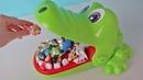 Челендж Игра Крокодил. Куклы Пупсики Играют и Открывают Сюрпризы Маша и Медведь. Зырики ТВ