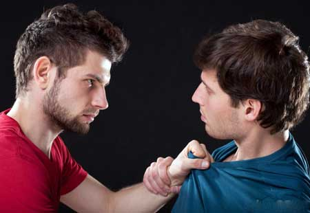 Агрессия является одним из возможных побочных эффектов приема амфетаминов.