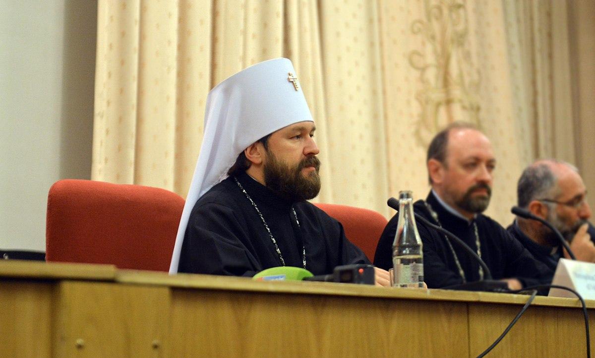 Всех российских студентов могут обязать изучать теологию в вузах