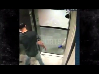 Wild video of Tyler Ulis getting attacked in an elevator by several guys a masked Devin Booker helping run them out of the bui