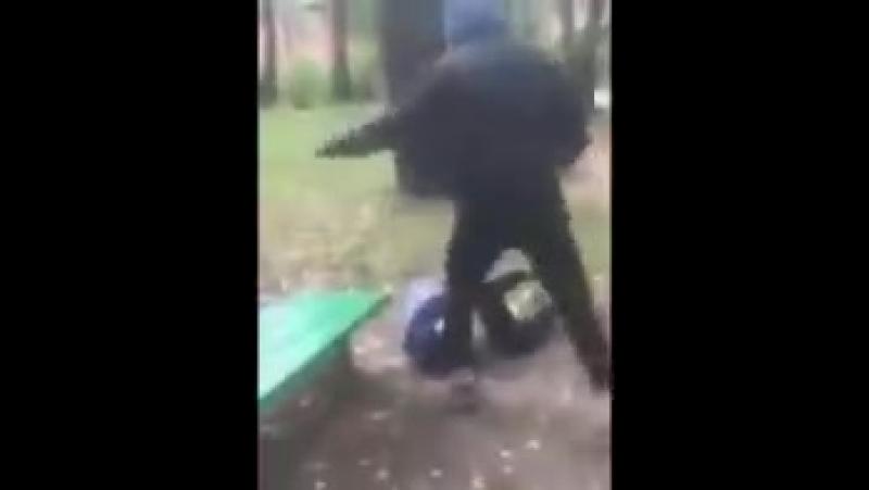 Следствие выясняет обстоятельства выложенного в интернете избиения школьника группой подростков в Смоленске