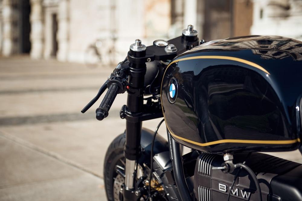 Diamond Atelier: кафе рейсер BMW R100R Mark II Series