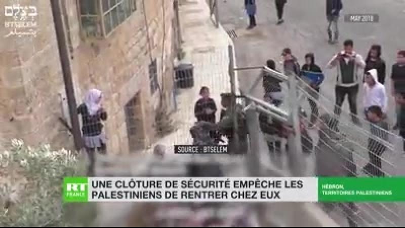 Une clôture de sécurité empêche les palestiniens de rentrer chez eux 📺 RT France en direct 🔎 Au P