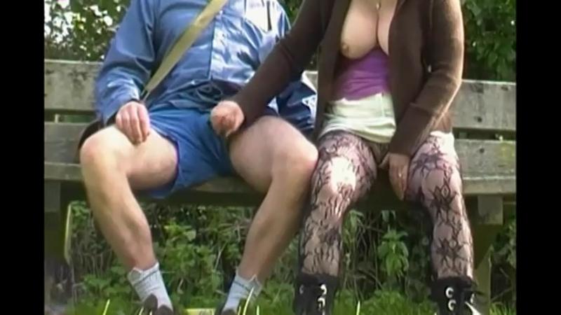 Дрочит хуй на прохожих в общественных местах видео