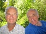 Alfred Schaefer beim Spaziergang mit Gerd Ittner