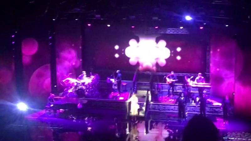 Mariah Carey | We Belong Together | live Toronto, 2019
