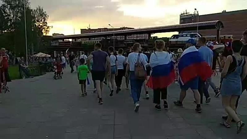 расстроенные болельщики после матча россия уругвай