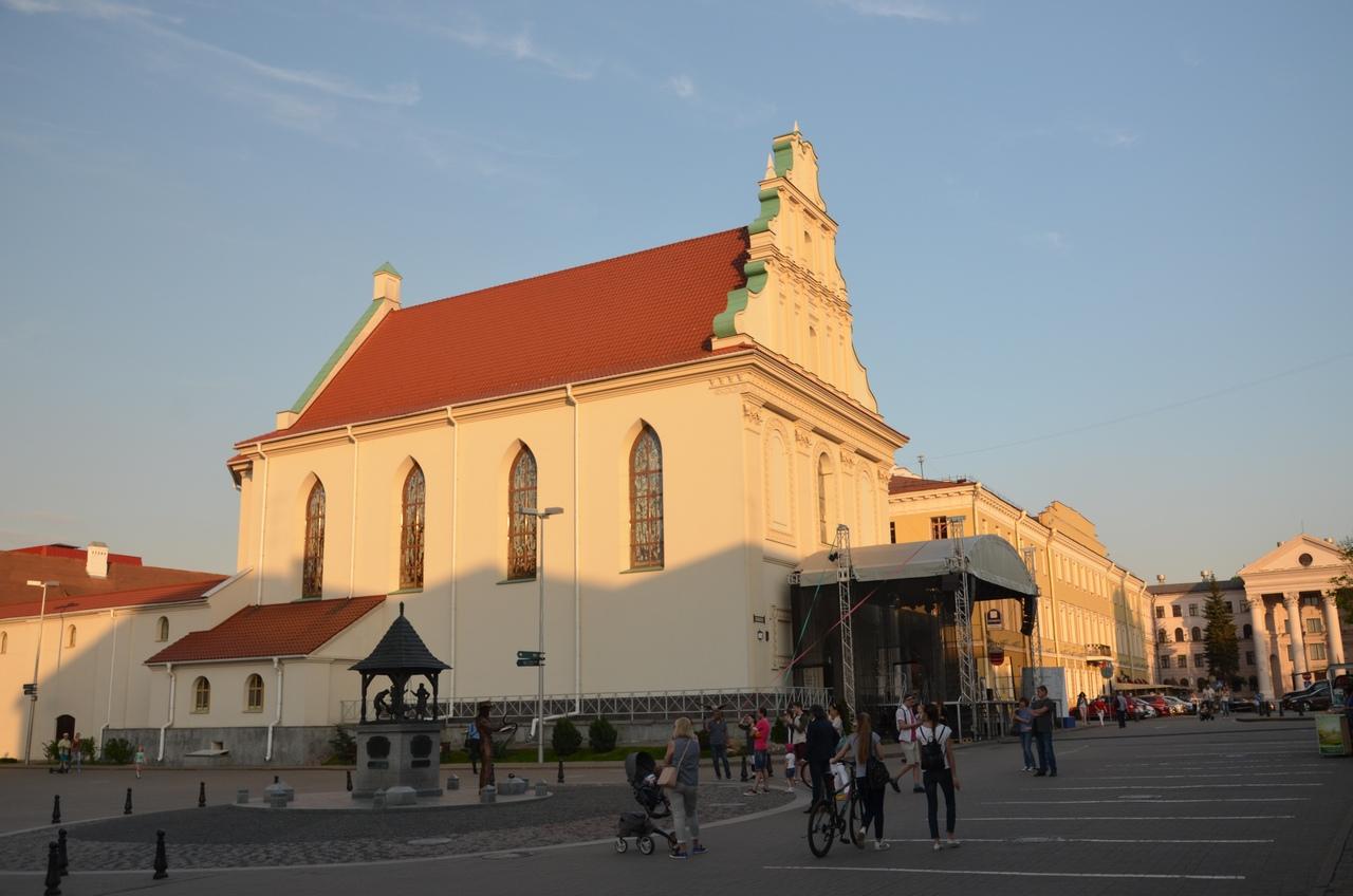GhRrHW4gk0o Минск — столица Республики Беларусь.