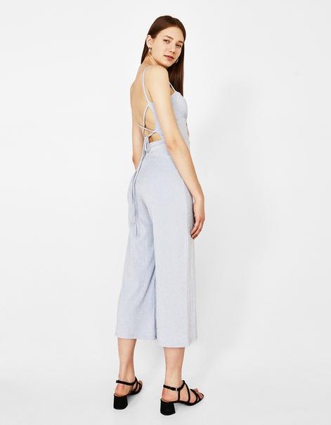 Комбинезон с брюками-кюлотами и металлизированной нитью