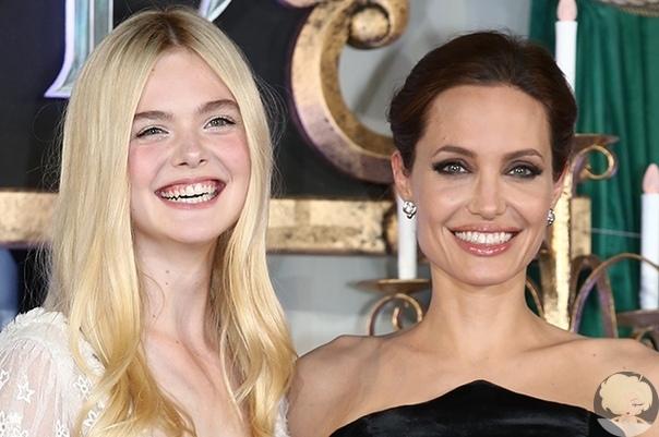 """Эль Фаннинг рассказала о работе с Анджелиной Джоли: """"Она удивительная!"""""""