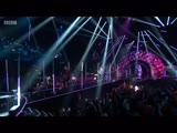 5 Seconds of Summer - She Looks So Perfect (Radio 1s Teen Awards 2018)
