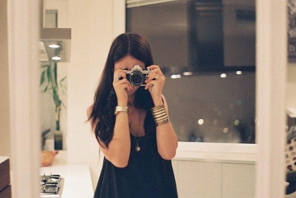 должна была фото девушек брюнеток где не видно лица ничего