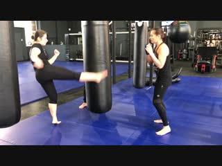 Михаил Иванов (FIGHT CLUB CLINCH) - сплит-тренировка по тайскому боксу