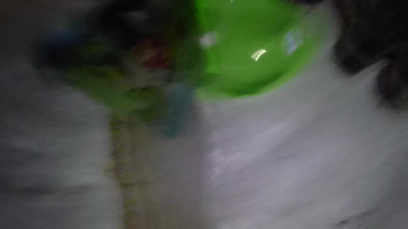 катание на горке с другом