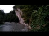 Страшная река с бурным течением😱😱😱