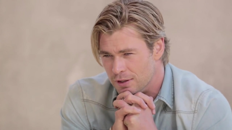 Chris Hemsworth Tackles the Great Debates of the Internet