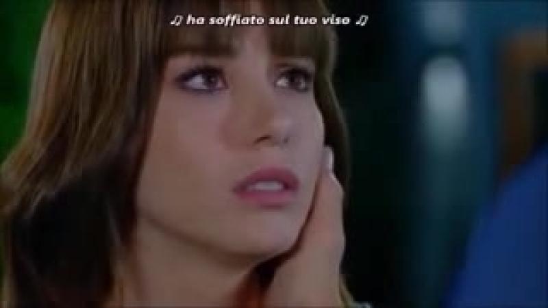 Bacio_tra_Nazlı_e_Ferit_senza_tagli_240P.3gp